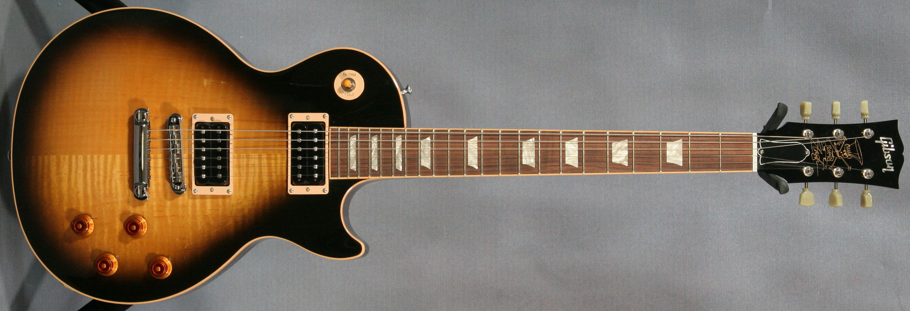 slash-les-paul.jpg